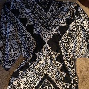 Tops - White House Black Market kimono silk size M